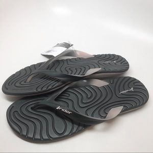 Shoes - Rider • Women's Smooth Iv Flip Flop New 11